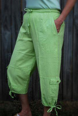 Soft elastic / drawstring waist, 4 pocket, tie leg.